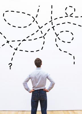Organizaciones, estrategias  y, en el centro, la persona